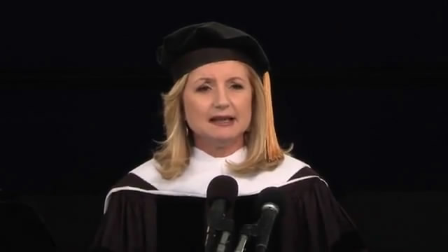 Arianna Huffington's 2013 Smith College Commencement Address/阿丽安娜·哈芬顿史密斯学院2013毕业典礼演讲