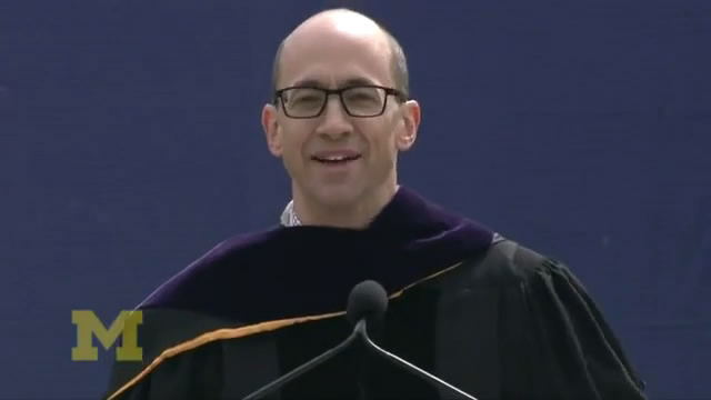 Dick Costolo Commencement Speech - University of Michigan/迪克·科斯托洛密歇根大学2013毕业典礼演讲